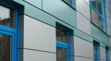 Монтаж фасада из алюминиевых композитных панелей