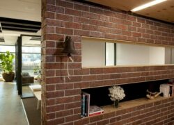 Монтаж стен и перегородок из кирпича